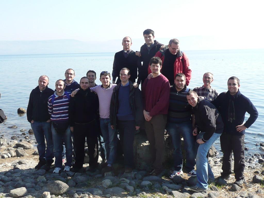 Un gruppo di seminaristi diocesani durante il pellegrinaggio in Terra Santa svoltosi nel gennaio 2012
