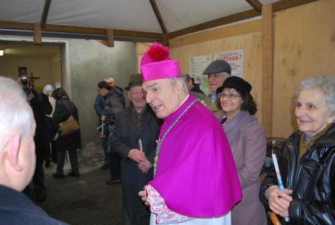 monsignorCamisasca-a-Tagliata-di-Guastalla-per-la-riapertura-della-chiesa-parrocchiale-01