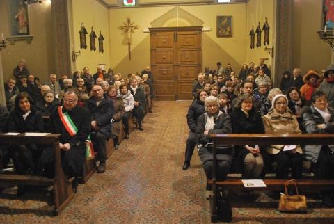 monsignorCamisasca-a-Tagliata-di-Guastalla-per-la-riapertura-della-chiesa-parrocchiale-03
