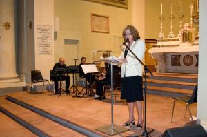 Paola Gassman nella chiesa di San Filippo Re a Reggio