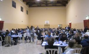Uno scorcio del salone di Palazzo Greppi a Santa Vittoria, dove si è tenuta la cena sabato 12 aprile 2014