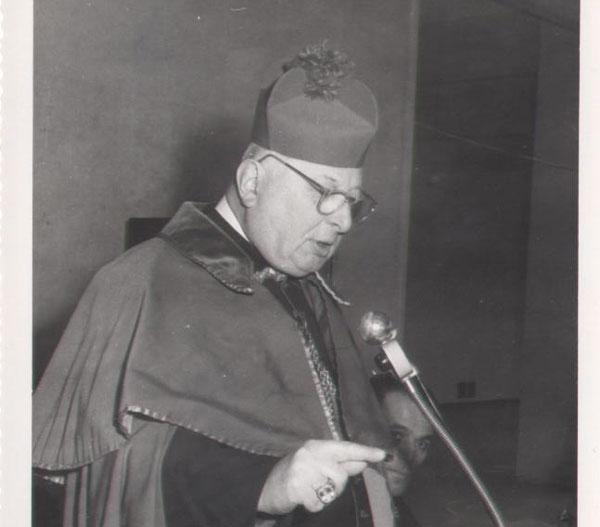 Foto-1-Vescovo-Socche