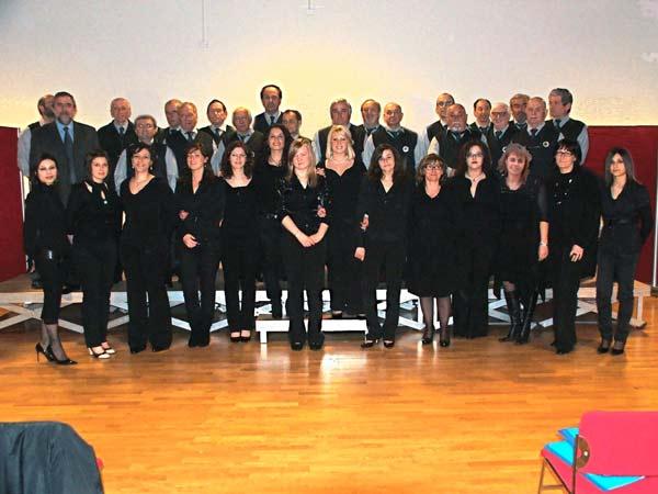 Coro-e-Schola-Cantorum-Canossa