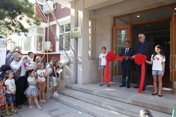 Scuola-italiana-d'Ambasciata-di-Pechino---inaugurazione-6.9.15-(2)