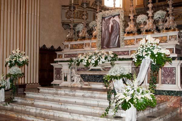 altari-fioriti2014jpg