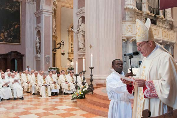 vescovo-Massimo