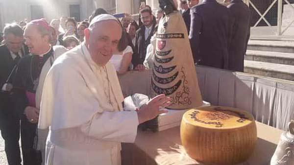 Papa-Francesco-e-Formadio