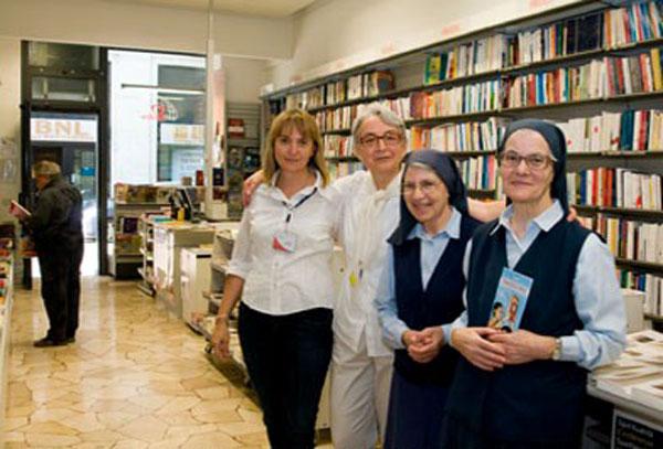 La-libreria-Paoline-a-Reggio