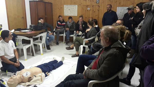 Corso-formativo-della-Croce-verde-per-l'utilizzo-del-defibrillatore-1