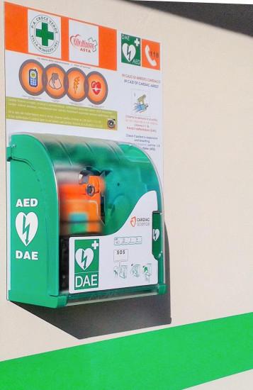 Il defibrillatore esterno installato alcuni mesi fa ad Asta_ ora si inaugura quello di Febbio