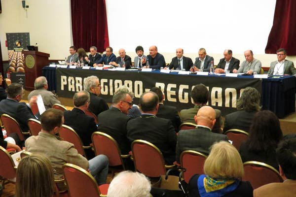 assemblea-parmigiano-reggiano-aprile-2016-1