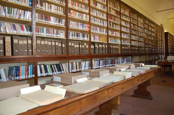 Fondo-D'Arzo---Biblioteca-Panizzi-(28.4.16)-1