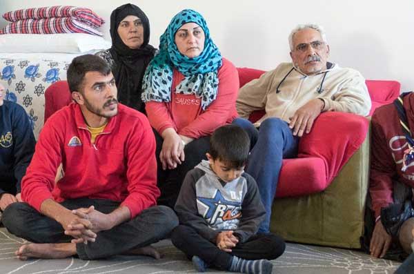 IMGP9532_famiglia-profughi_ph