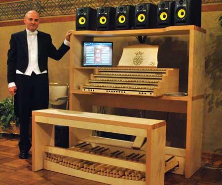 Renato-Negri-all'Organo-Virtuale-Hauptwerk