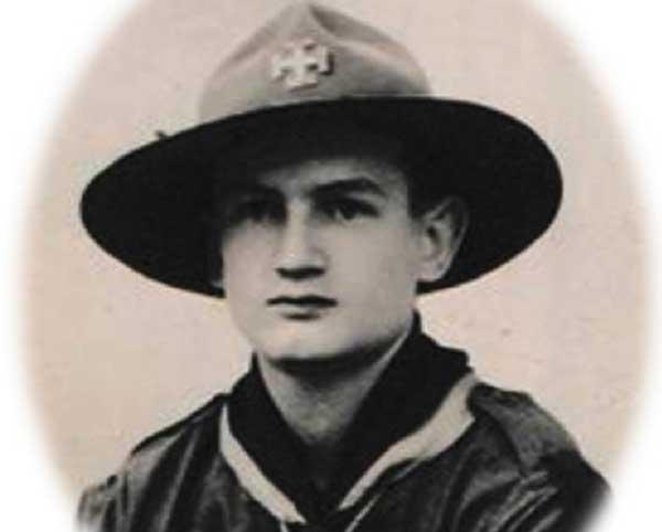 Jean-Dabrainville-giovane-scout-nel-1938-(per-gentile-concessione-di-Tuttomontagna)