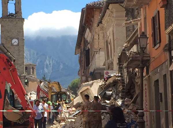 terremotoAmatrice24ago2016_03