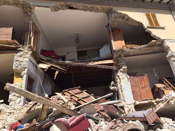 terremotoamatrice24ago2016_06