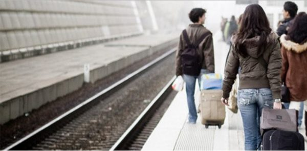 giovani-emigrano-dallitalia-per-lavoro-allestero