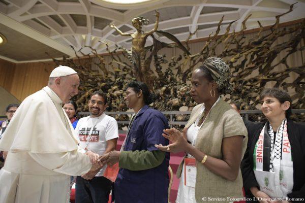 SS. Papa Francesco - Udienza Movimenti Popolari 05-11-2016 @Servizio Fotografico - L'Osservatore Romano