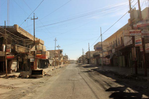 desolazione-e-distruzione-sulla-main-road-di-qaraqosh