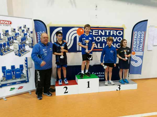 Il-podio-dei-Giovanissimi-con-Fabio-Catellani-al-primo-posto