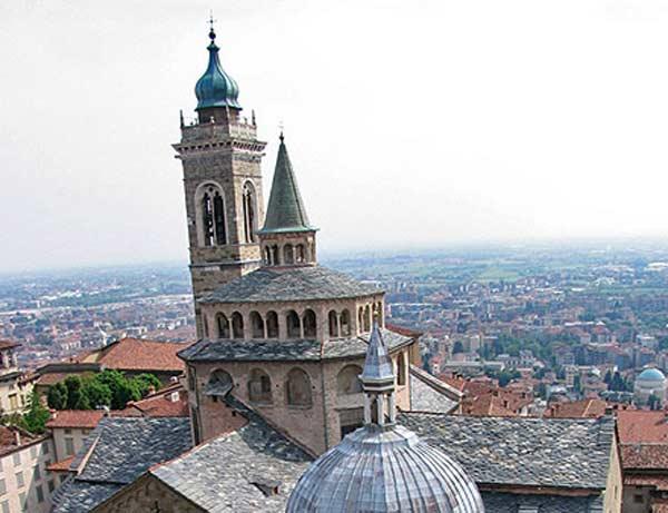 Cappella_Colleoni_-_Bergamo_-_panoramio
