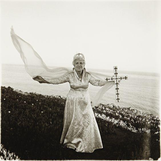 1964-Arbus-Bishop at the sea, Santa Barbara, Cal