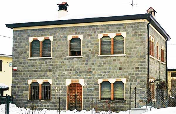 Ex-Consorzio-agrario-di-Villa-Minozzo--facciata