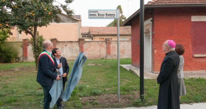 Inaugurato piazzale Romero: foto