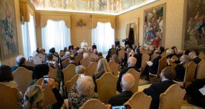 """Il Papa esorta gli scienziati alla """"carità del sapere"""""""