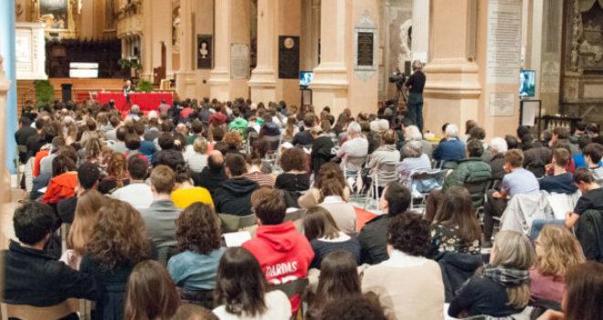 Vescovo e giovani in dialogo sulla figura di Ester