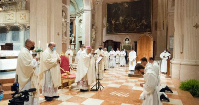 Messa di Ordinazione in Cattedrale: VIDEO