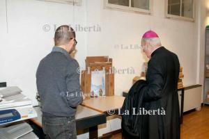 2013-12-20 Mons. Camisasca visita Carlino Reggio