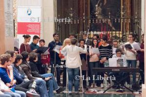 2016-03-11 Vescovo incontra giovani