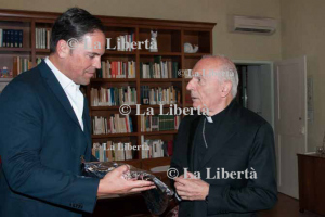 2016-09-09 Mons. Camisasca riceve Mike Piazza