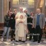 AF3A3724_Mons._Alberto_con_i_famigliari
