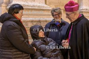 2020-01-01 Omaggio Madonna dorata